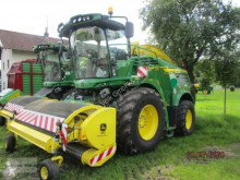 John Deere Self-propelled silage harvester 8300i