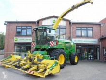 Used Self-propelled silage harvester John Deere 7400 Allrad