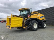 New Holland FR 9040 used Self-propelled silage harvester