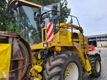 Ensileuse automotrice New Holland FX 28