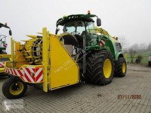 John Deere Self-propelled silage harvester 9900i