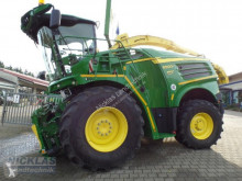 John Deere Self-propelled silage harvester 8500