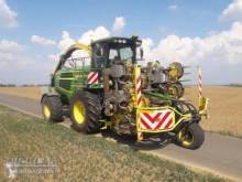 John Deere Self-propelled silage harvester 7950i