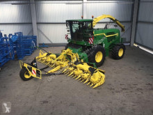 John Deere Self-propelled silage harvester 7780