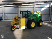John Deere Self-propelled silage harvester 8600i