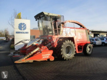 Silážní kombajn tažený traktorem Massey Ferguson 5130 // 9630