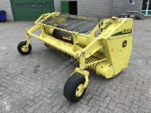 Self Pick-up John Deere 630B