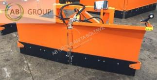 équipements PL nc Hydraulischer Pflug 2.2 m/Hydraulic snow plough neuf