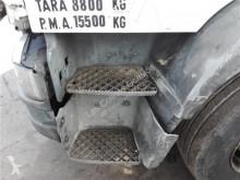Equipamientos Iveco Tector Marchepied Peldaño Chasis Izquierdo pour camion EuroCargo Chasis (Modelo 150 E 24) [5,9 Ltr. - 176 kW Diesel] usado