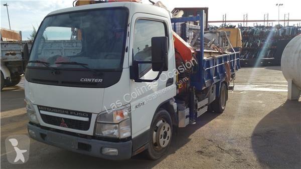Voir les photos Équipements PL Mitsubishi Marchepied pour camion CANTER EURO 5/EEV (07.2009->) 5S13 [3,0 Ltr. - 96 kW Diesel]
