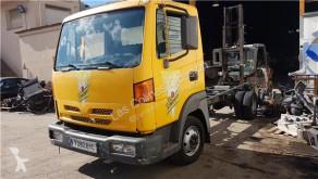 Vybavení pro nákladní vozy Nissan Atleon Marchepied Estribo Puerta Izquierda pour camion 110.35, 120.35 použitý