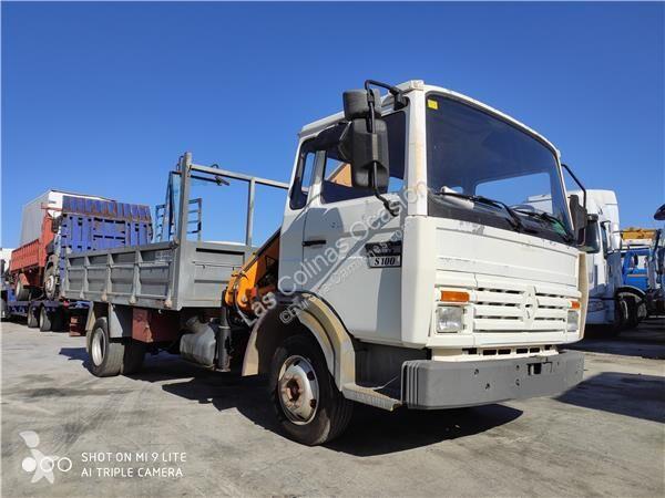 Voir les photos Équipements PL Renault Marchepied pour camion Midliner S 100.06/A