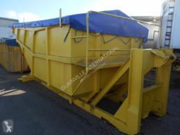 Skip loader box bodywork