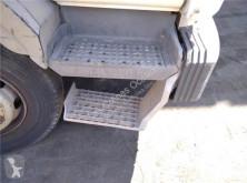 Equipamientos Renault Marchepied Peldaño Chasis Derecho pour camion Midliner M 180.10/C usado