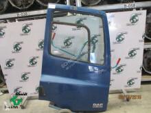DAF 1452924//1836600 deur rechts licht beschadig CF carroçaria usado