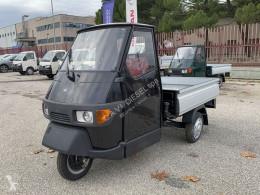 Veículo utilitário comercial estrado caixa aberta APE 50