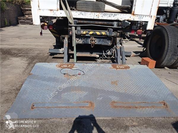 Voir les photos Équipements PL Zepro Puerta Elevadora Trasera Iveco MAGIRUS M 130M 9FL