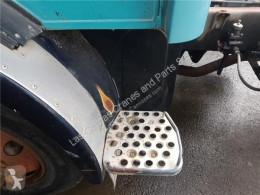 Equipamientos OM Marchepied Peldaño Chasis Izquierdo Mercedes-Benz LP Serie / BM 314/316/3 pour camion MERCEDES-BENZ LP Serie / BM 314/316/318 FG 813 352 [5,7 Ltr. - 96 kW Diesel ( 352 X/1)]