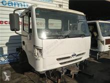 Voir les photos Équipements PL Nissan Atleon Marchepied pour camion   210