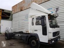 Voir les photos Équipements PL Volvo FL Marchepied Peldaño pour camion 6 618