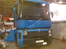 Voir les photos Équipements PL Renault Marchepied pour camion MAGNUN 440 TRACTORA