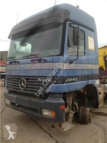Voir les photos Équipements PL OM Marchepied pour camion MERCEDES-BENZ Actros 2-Ejes 6-cil. Serie/BM 2040 (4X4)  501 LA [12,0 Ltr. - 290 kW V6 Diesel ( 501 LA)]