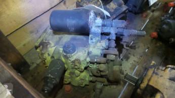 Liebherr PR721C used secondary hydraulic pump