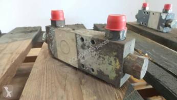 Liebherr cylinder