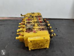 distributeur hydraulique Caterpillar