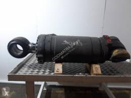 Cilindru hidraulic de basculare Volvo L150D
