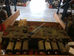 Distributeur hydraulique Liebherr R964