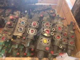 Distribuitor hidraulic Liebherr R914B