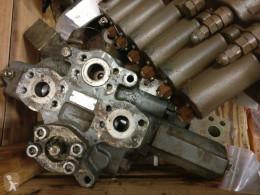 Distribuitor hidraulic Liebherr R944
