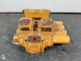 Distribuitor hidraulic Liebherr R912
