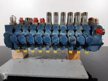 hydraulický rozdělovač JCB