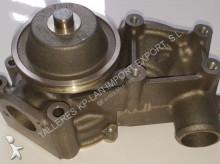 水泵 二手 无公告 Pompe de refroidissement moteur pour chargeuse sur chenille FIAT-ALLIS FL14, 175, FD14, FD175