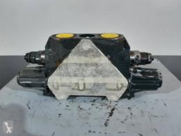 Distributeur hydraulique Liebherr A914