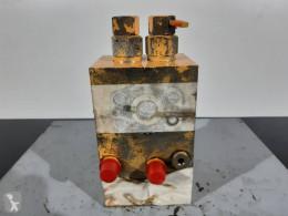 Liebherr A902 cilindru hidraulic second-hand