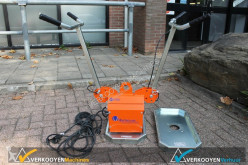utilaj de şantier nc VTH-150-BL Vacuum Tegeltiller op stroom