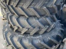 Repuestos Neumáticos John Deere 2Stück 13.6R24 und 2Stück 420/85R34
