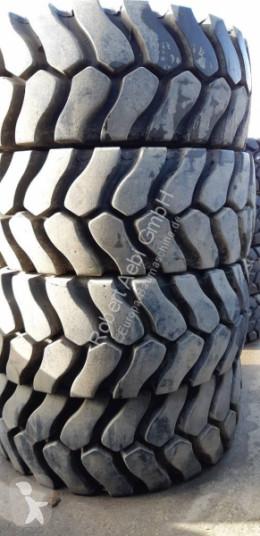 Michelin wheel / Tire #A-4153 23.5R25 XLDD2 (L5)