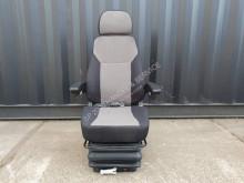 Cabina Nieuwe mechanisch geveerde stoelen voor o.a landbo