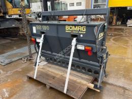 Équipement travaux routiers Bomag bs180