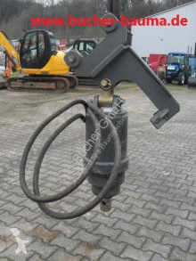 Drilling vehicle drilling, harvesting, trenching equipment Hydraulischer Bohrantrieb mit Baggeraufnahme