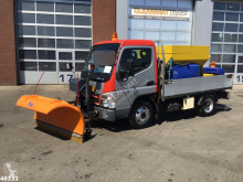 Mitsubishi gritting truck Canter 5S13 3.0 DI 250 Nido salt spreader + plough