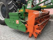 Aperos accionados para trabajo del suelo Grada rotatoria Amazone KE3000 Spezial Kreiselegge