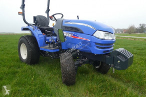 Tractor agrícola Iseki Type TH4295 uit voorraad leverbaar.