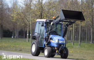 Iseki tractor Bij Eemsned TH4295 33 PK farm tractor new