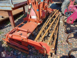 Aperos accionados para trabajo del suelo Kuhn hr 3002 d Grada rotatoria usado