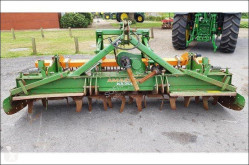 Aperos accionados para trabajo del suelo Grada rotatoria Amazone KX3000